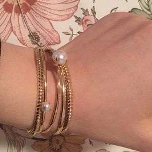 H&M Set of 4 Standard Bangle Bracelets